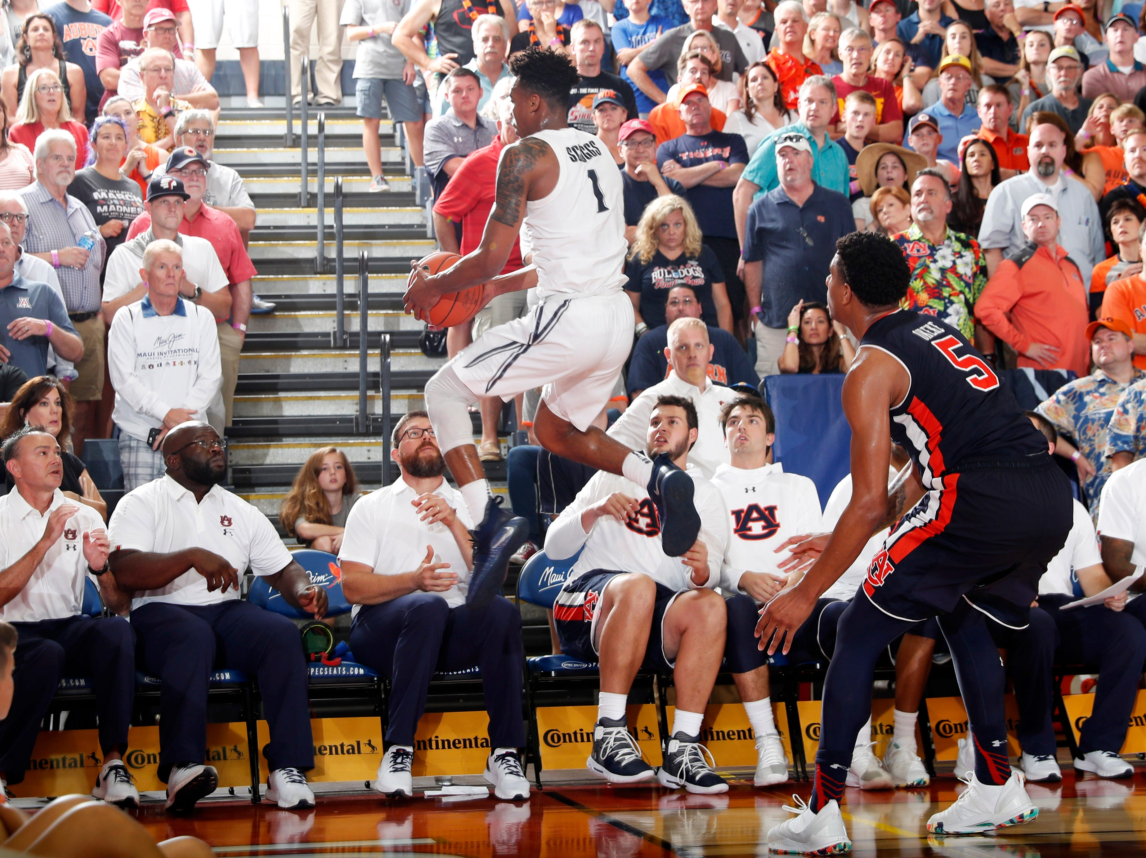 Nov 19, 2018; Lahaina, HI, USA; Xavier Musketeers guard Paul Scruggs (1) saves the ball from going out of bounds against the Auburn Tigers in the second half during the first round games of the Maui Jim Maui Invitational at Lahaina Civic Center. Mandatory Credit: Brian Spurlock-USA TODAY Sports