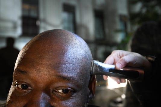 Nas Street Barbers 001
