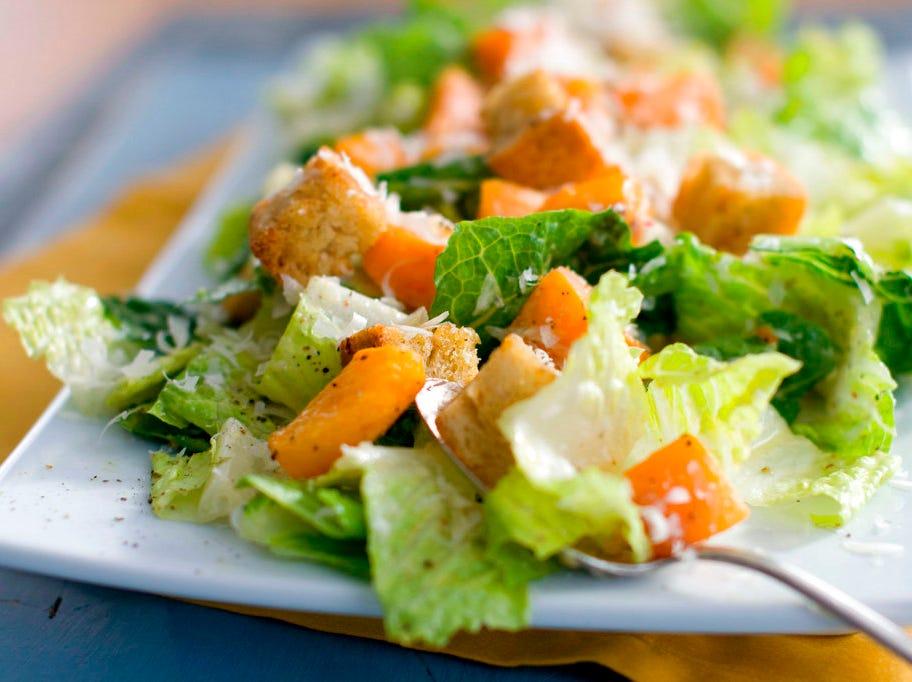 Romaine lettuce E.coli outbreak: 11 New Jersey residents among 52 sickened