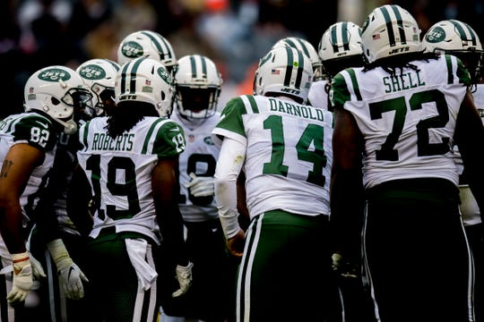 Quarterback Sam Darnold (14) and the Jets return from their bye Sunday with a matchup with the New England Patriots.