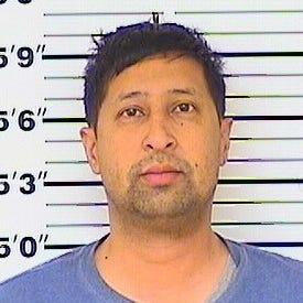 Alamogordo teacher accused of having a relationship with his student