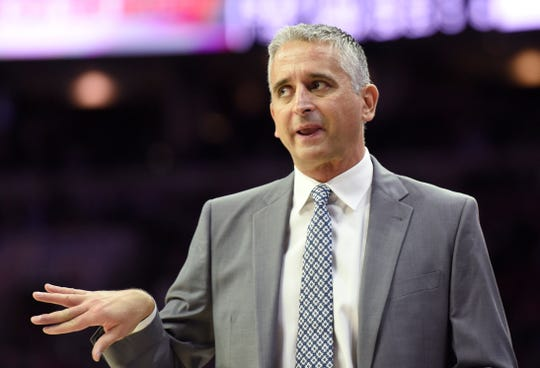 Phoenix Suns head coach Igor Kokoskov gestures to his team in the second half of an NBA basketball game against the Philadelphia 76ers, Monday, Nov. 19, 2018, in Philadelphia. The 76ers defeated the Suns 119-114. (AP Photo/Michael Perez)