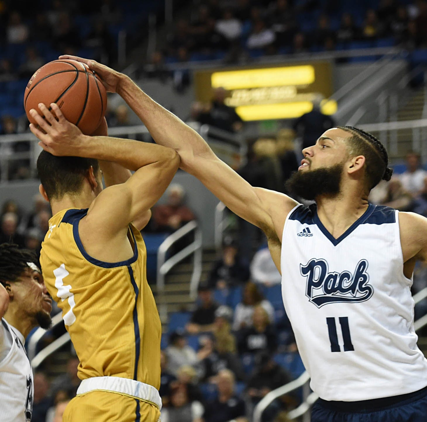 With blowout win over Cal Baptist, Nevada basketball opens 4-0 at home