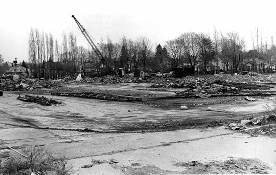 Southeast section of Greece Holiday Inn was where most of the bodies were found. Picture is one year later. (Staff photo,DC 11/25/1979