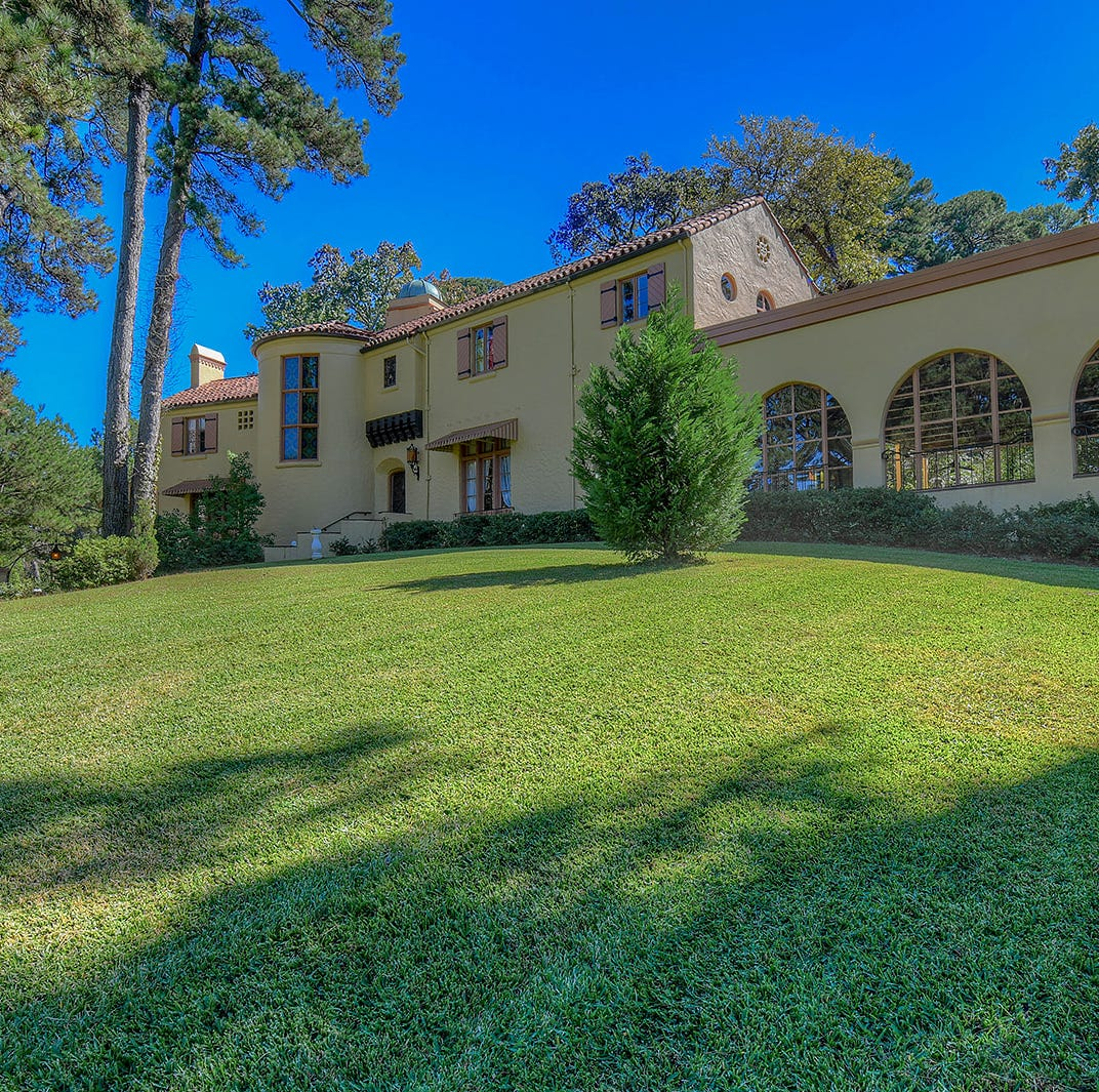 Majestic Shreveport estate overlooking park could be yours