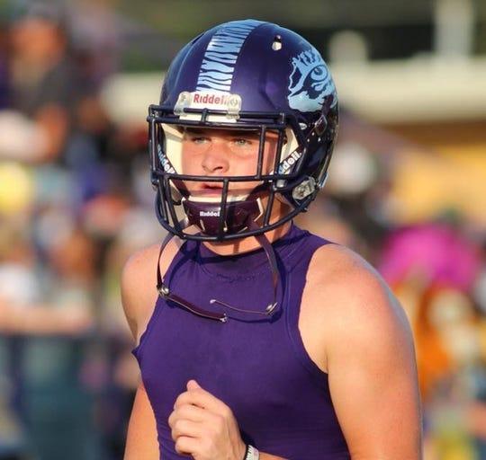 Logansport quarterback Landon Moon