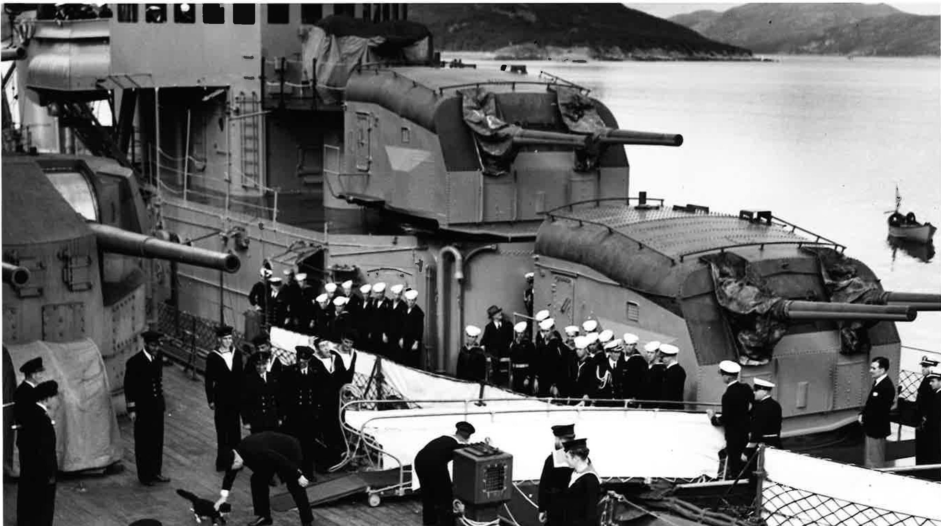 wwii photos of late naval officer illustrate key moments in history