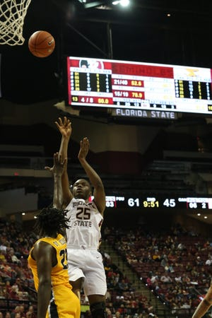 Florida State Seminoles forward Mfiondu Kabengele (25) shoots for two as the Florida State Seminoles host the Canisius Golden Griffins for basketball in the Tucker Civic Center, Monday, Nov. 19, 2018.