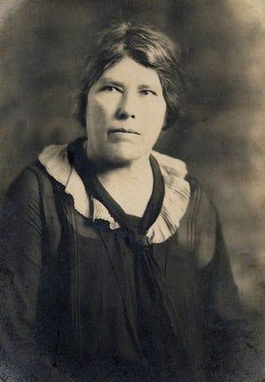 Portrait of Ellen Morgan Silva.
