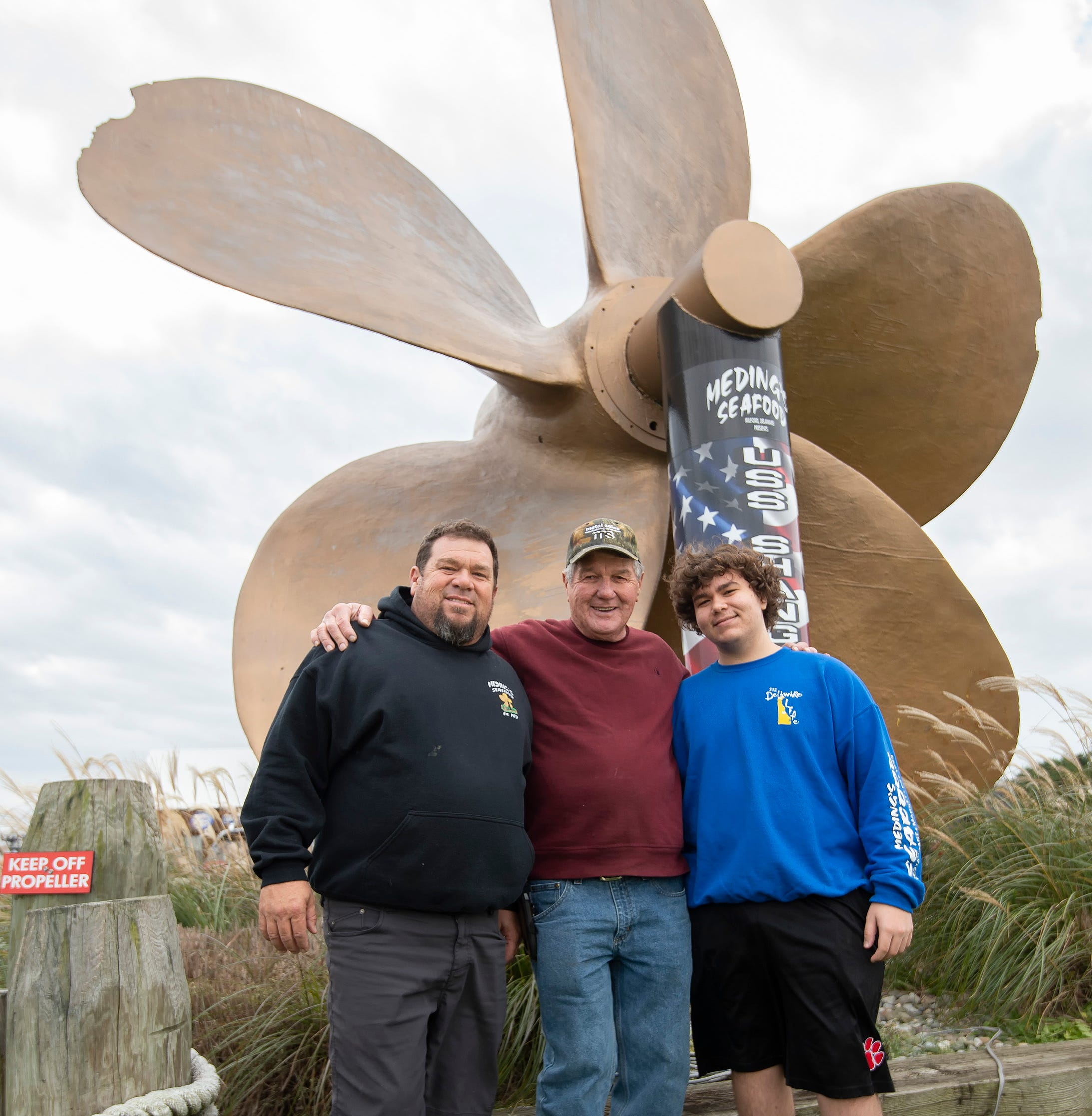Milford restaurant's giant propeller has Apollo 13 connection