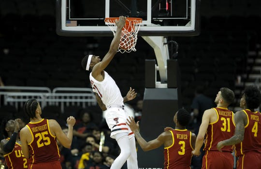Texas Tech's Tariq Owens (11) dunks the ball during the second half of an NCAA college basketball game against USC Monday, Nov. 19, 2018, in Kansas City, Mo. Texas Tech won 78-63.