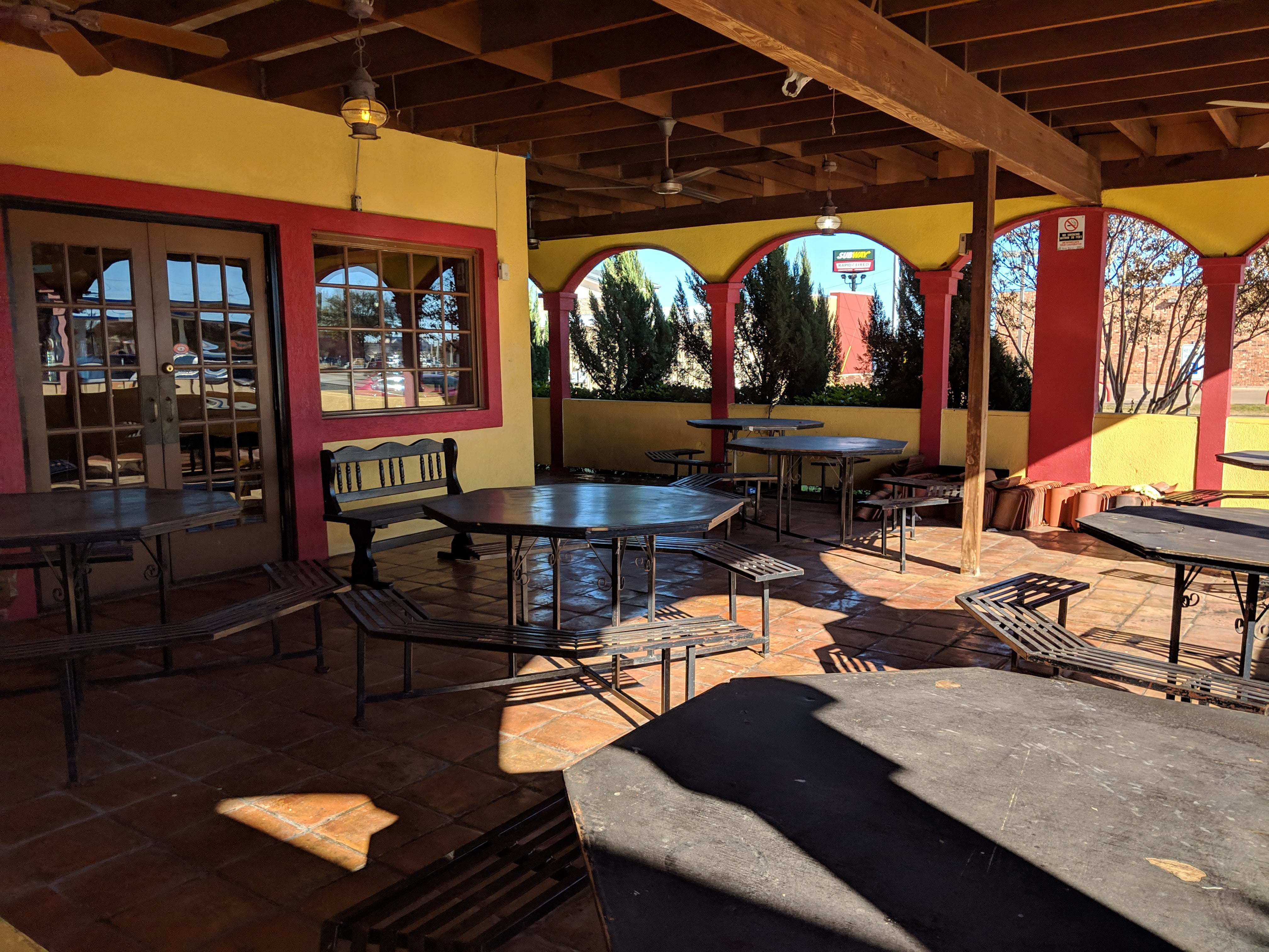 The patio outside El Tapatio Authentic Mexican Restaurant.