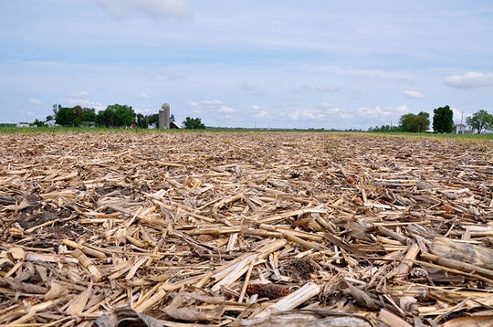 Prepare for a successful spring planting with an even distribution of residue left over from your fall harvest.