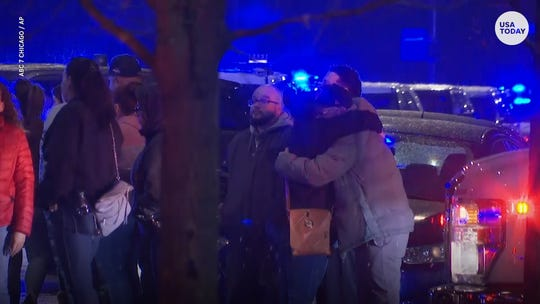 Police officer among 4 dead in 'horrific' Chicago hospital shooting