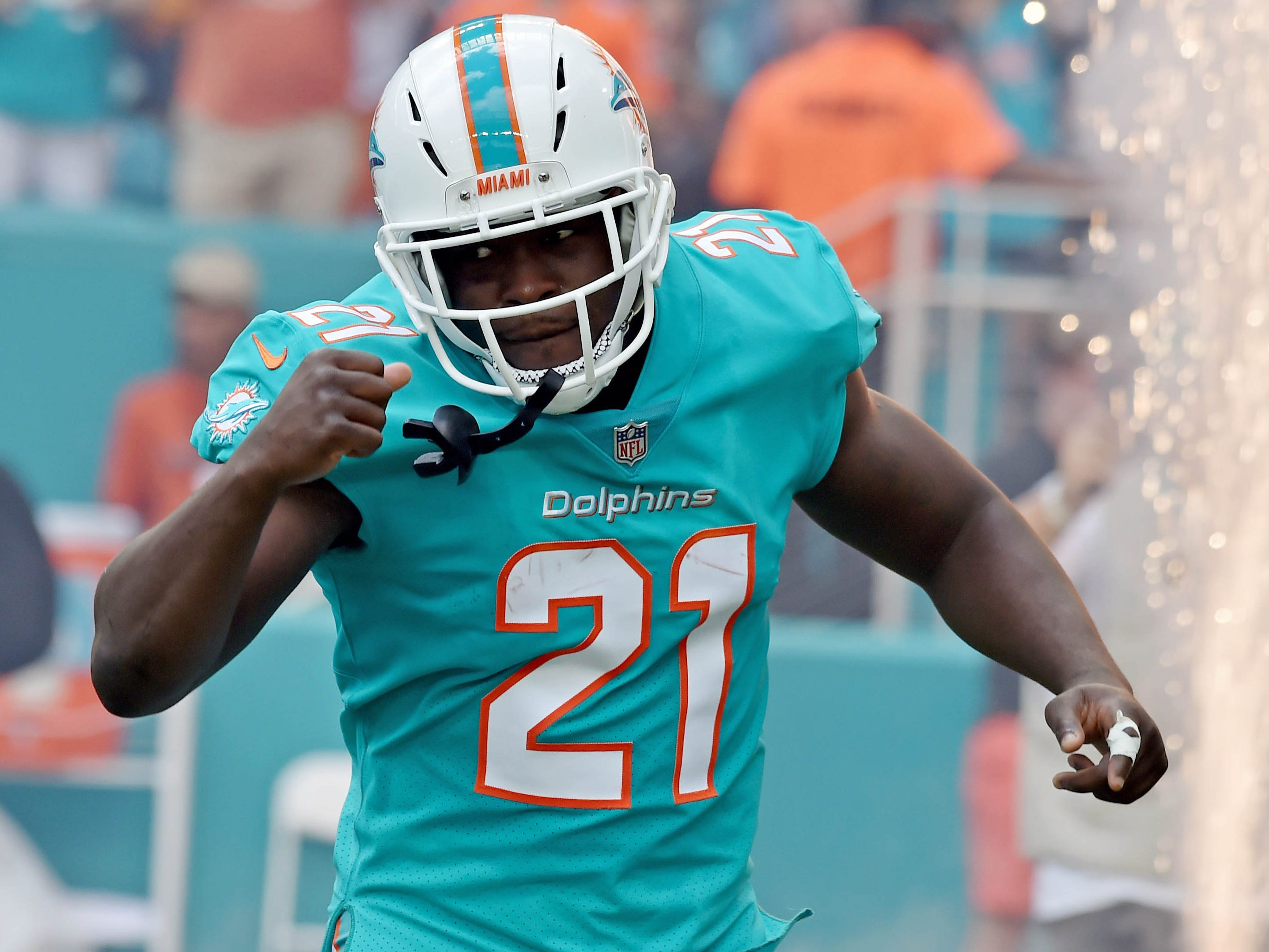 19. Dolphins (22): Do any of AFC's five 5-5 teams vying for second wild card seem more fraudulent than Miami? Defect back to Colts this weekend, Frank Gore.