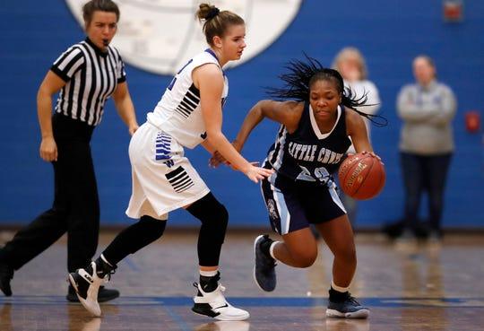 Alyssa Hutcherson (23) will be a senior next season for the Little Chute girls basketball team. The Mustangs named Bill Greenwood as their head coach last week.