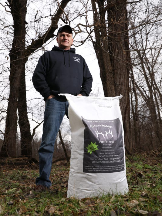 Zan Booner Ridge Deer Feed