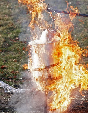 Dos and Don'ts from the Green Bay Fire Dept for deep frying your Thanksgiving turkeys
