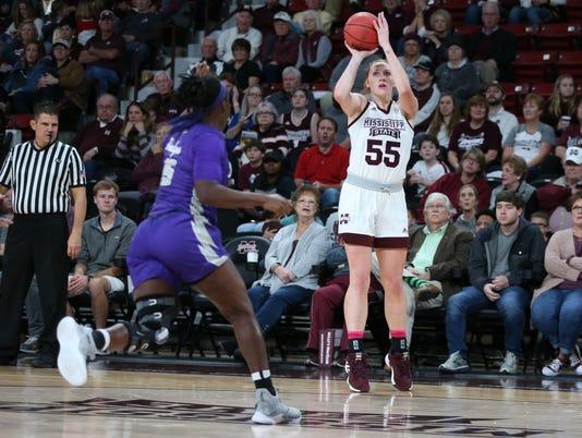 Women S Basketball Chloe Bibby