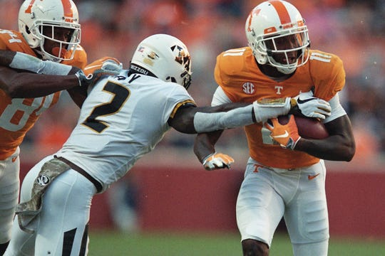 Tennessee wide receiver Jordan Murphy (11) is defended against by Missouri defensive back DeMarkus Acy (2) during a game between Tennessee and Missouri at Neyland Stadium in Knoxville, Tennessee on Saturday, November 17, 2018.