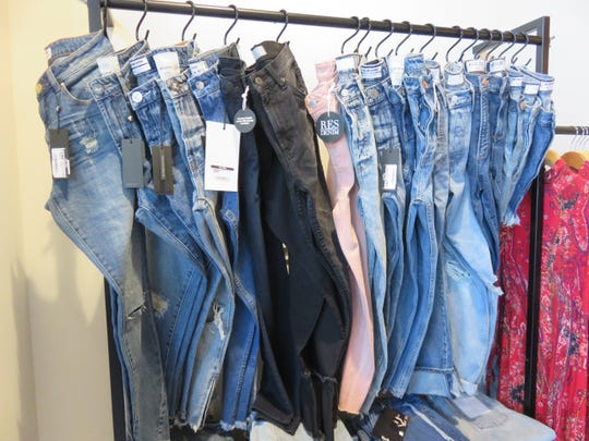 Elyse Wilde offers a variety of denim jeans.