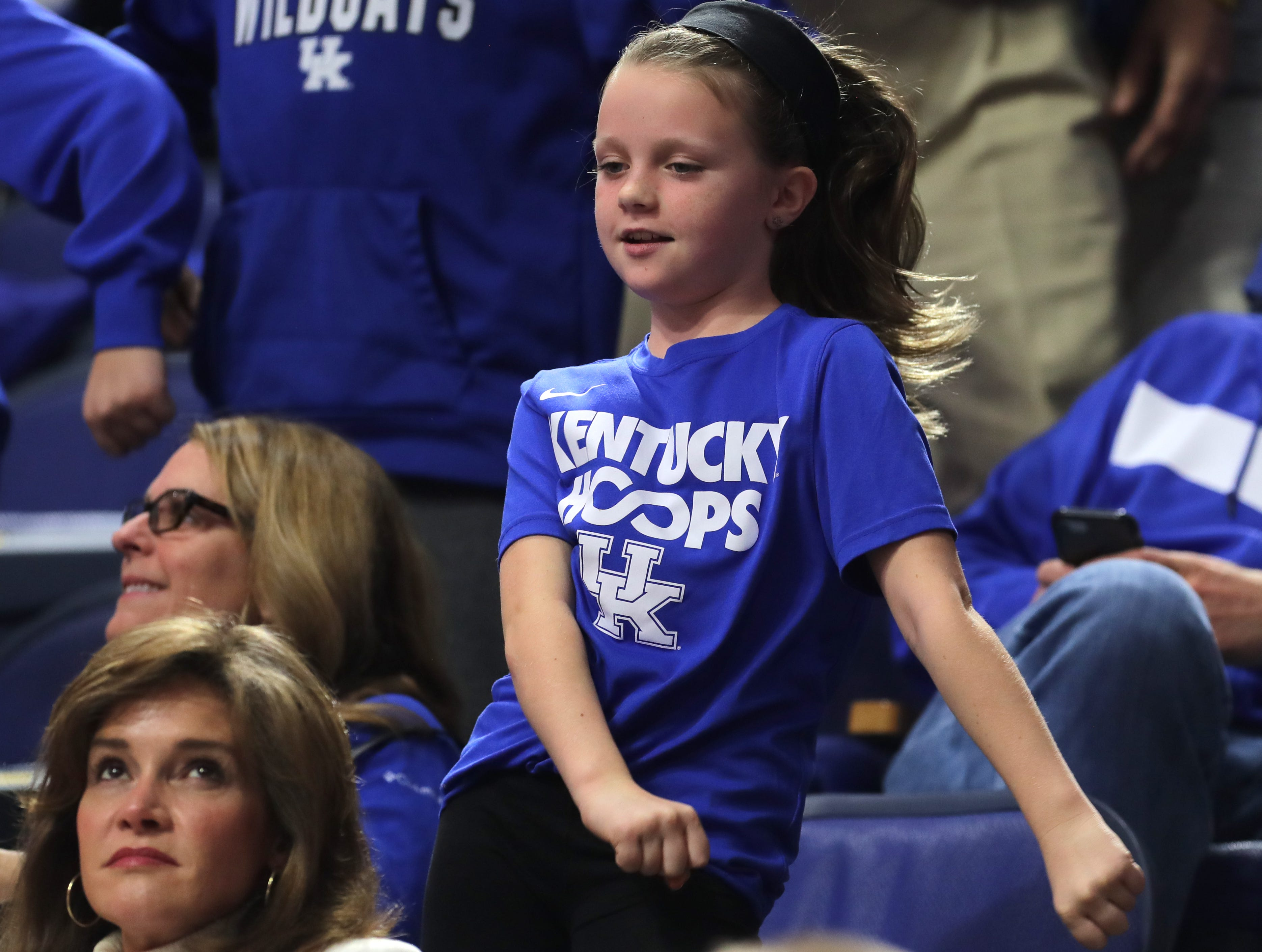 Kentucky fans dance during a timeout. Nov. 21, 2018