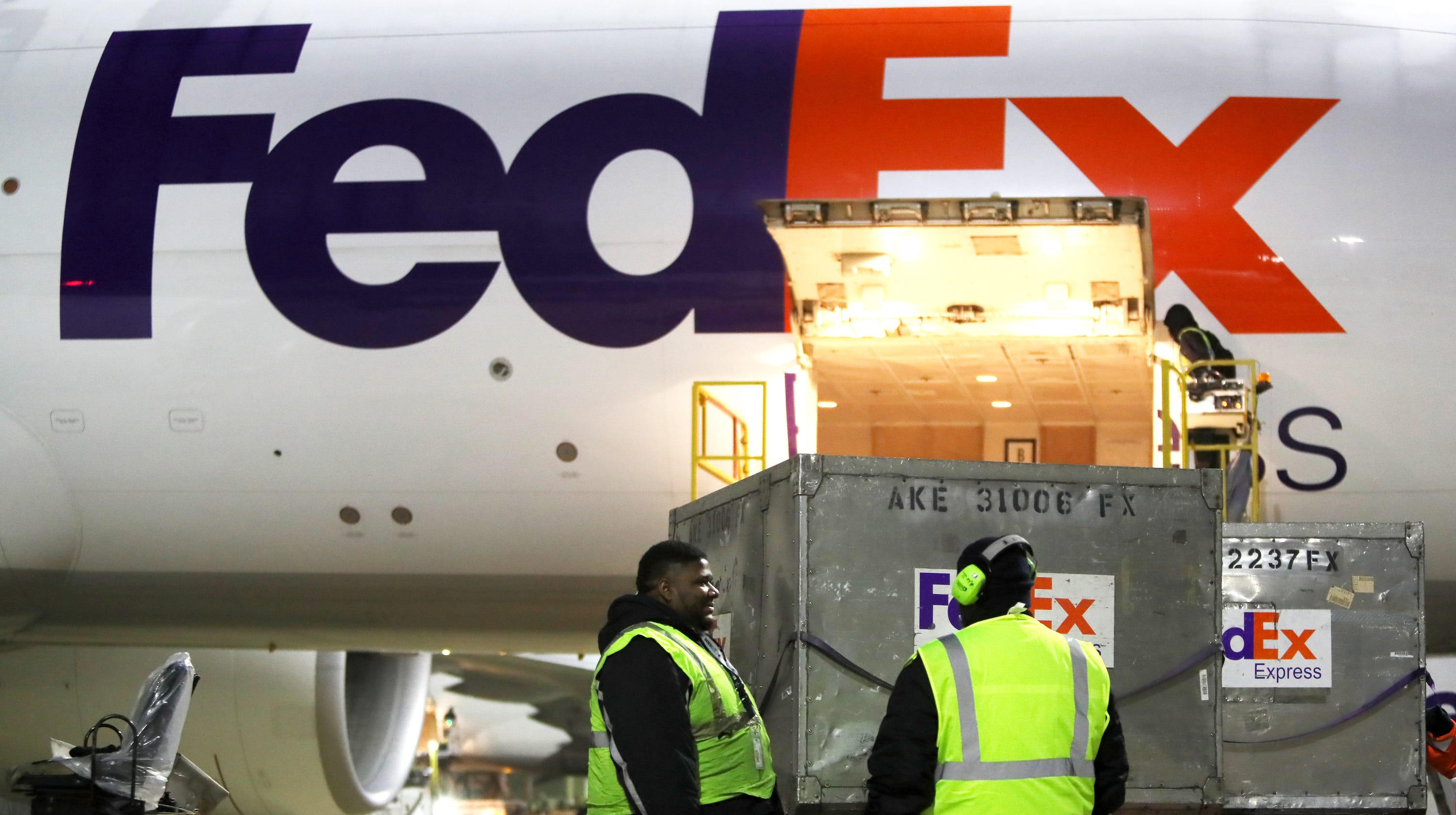 Fedex Pickup Fee >> Fedex To Offer Drop Off Pickup Access At Dollar General