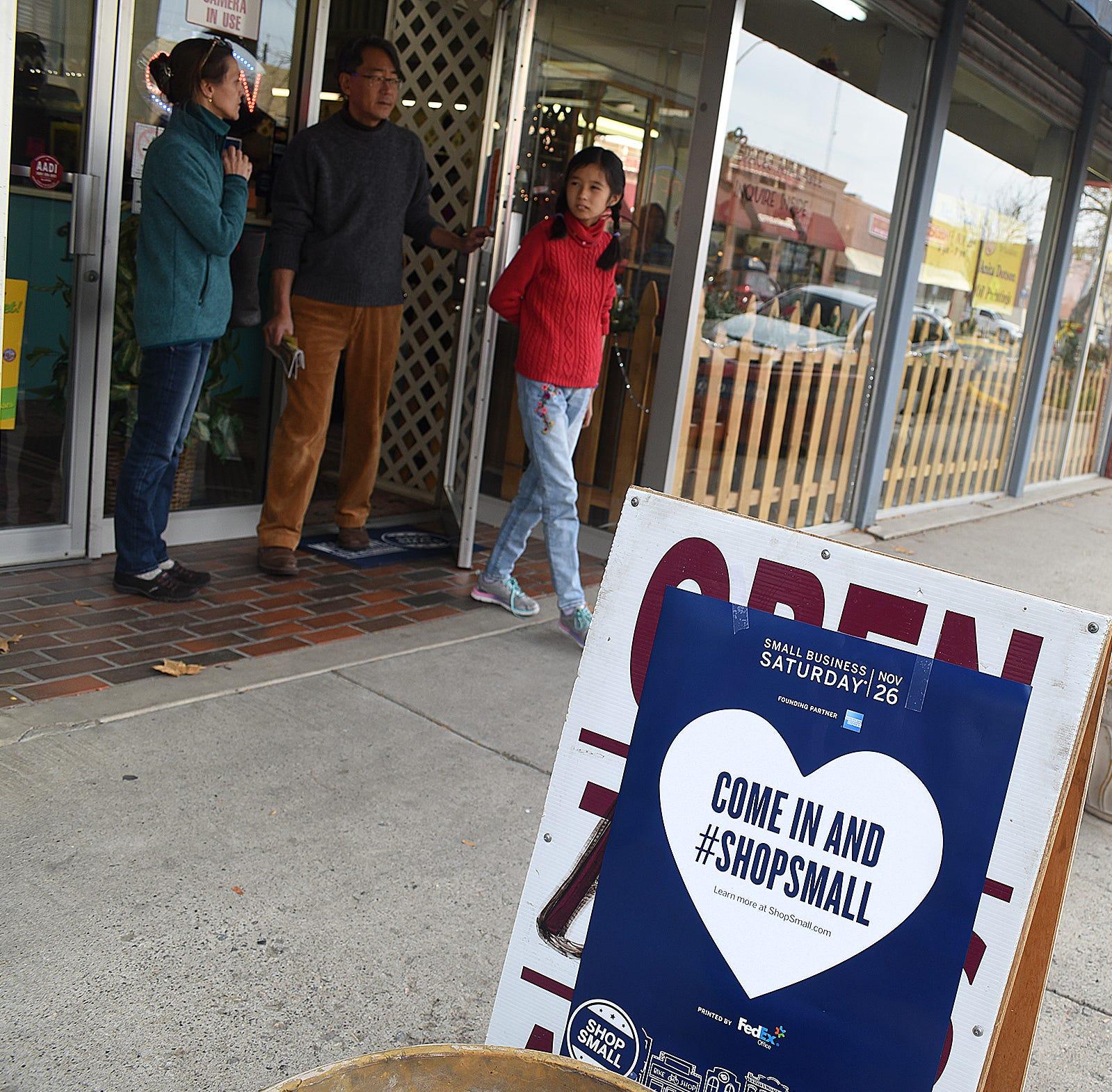 Small Business Saturday returns to downtown Farmington