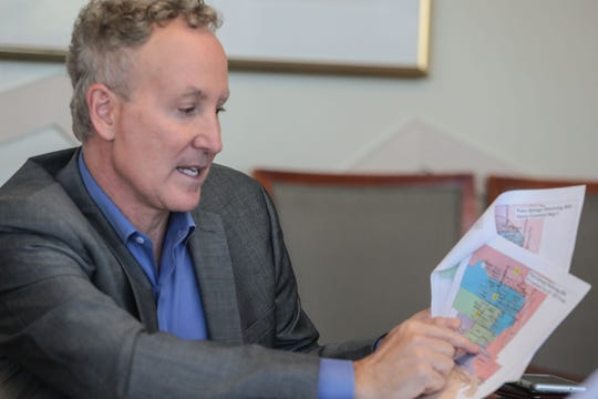Palm Springs City Council member Geoff Kors talks to The Desert Sun editorial board about the districting process on Nov. 20, 2018.