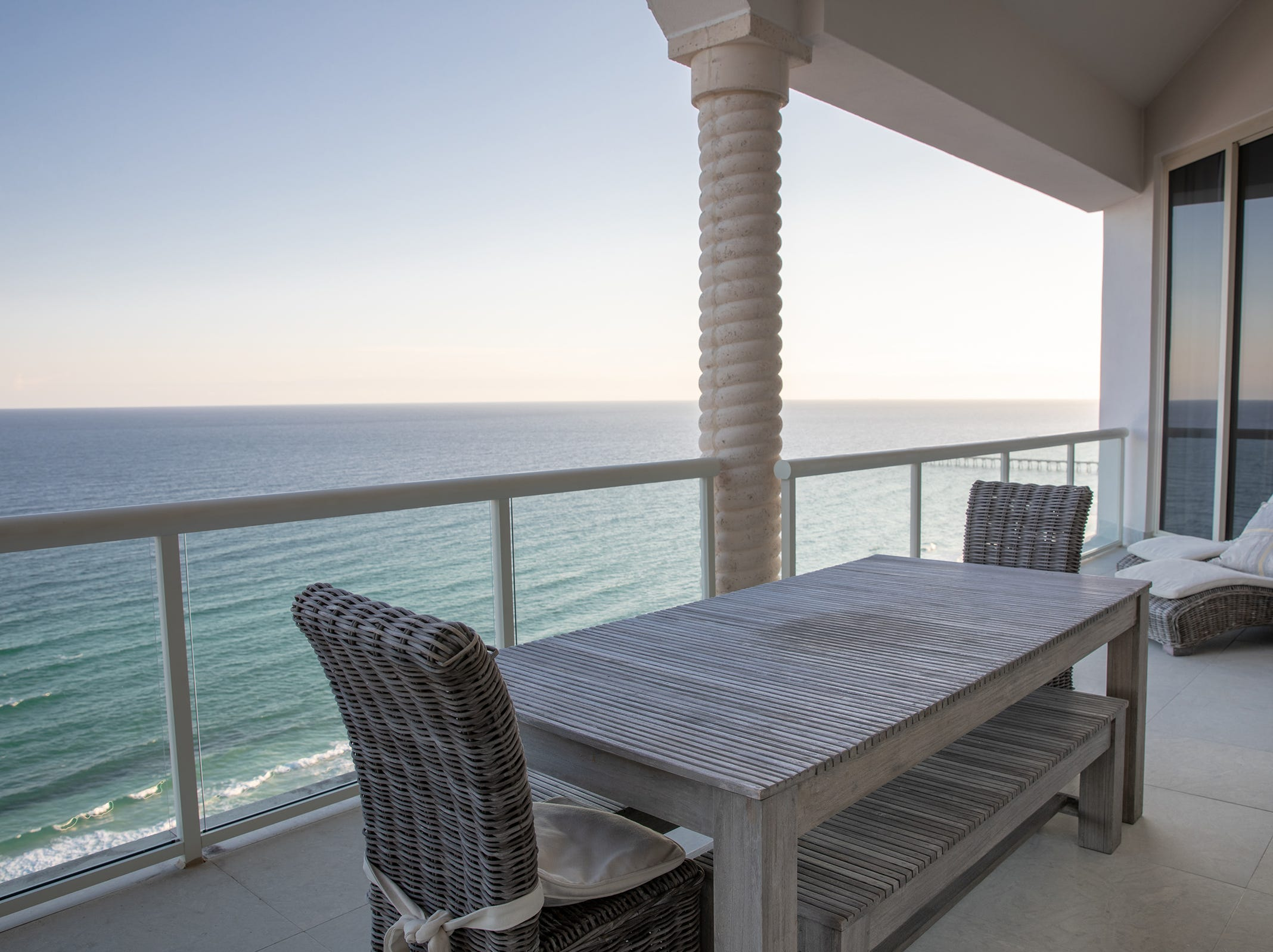18 Via Deluna Drive PH#1