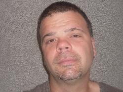 Joseph Francis Bentz III, statutory sexual assault and aggravated indecent assault (convicted in Adams County), born on 1/7/1976, male, 6-foot-4, primary residence reported as 10800 block of Oak Forest Drive, Hagerstown