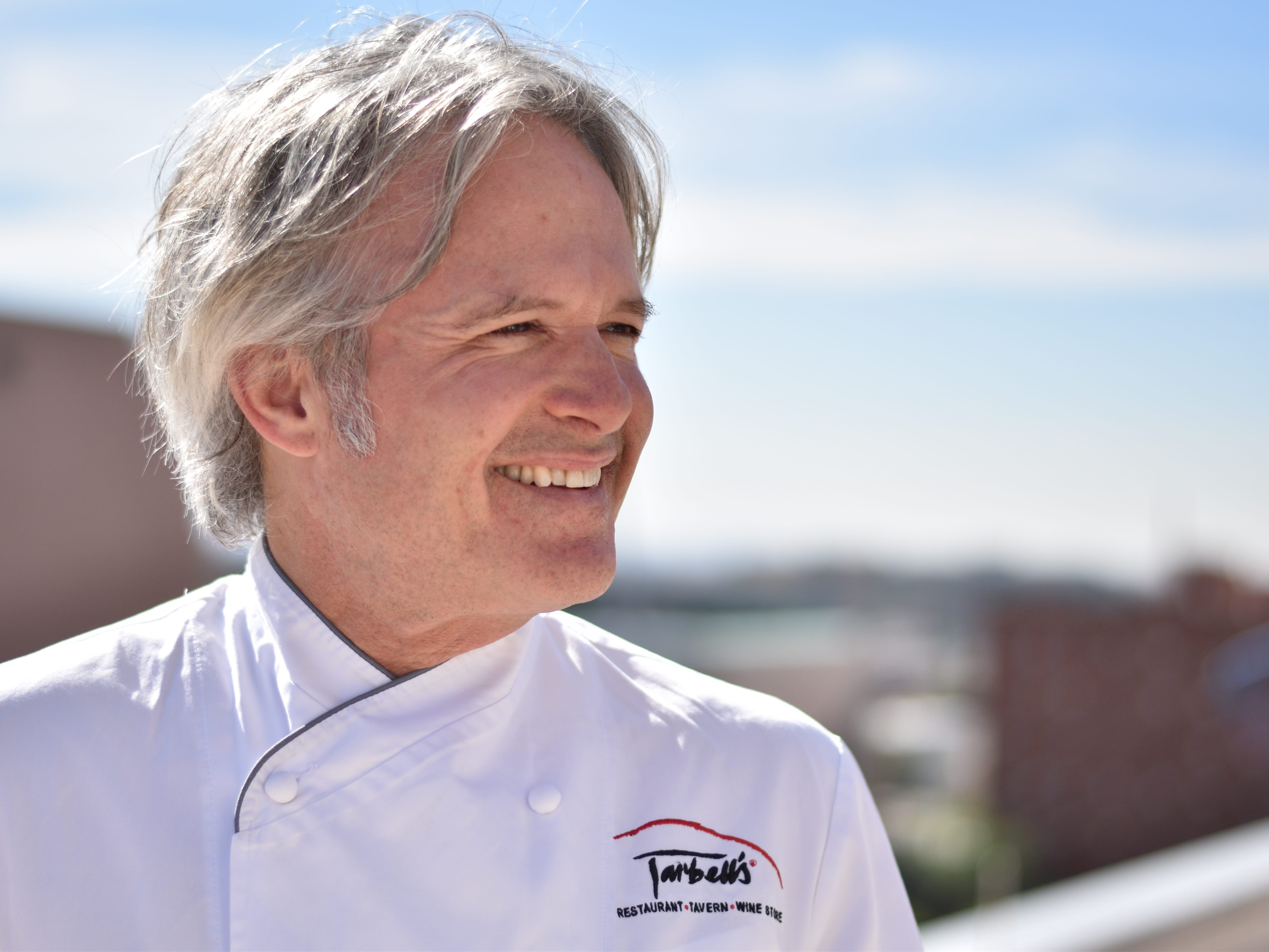 "Former ""Check, Please! Arizona"" host Mark Tarbell will also star in the new food series on Arizona PBS."