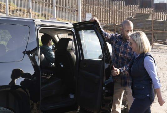 Kirstjen Nielsen tours U.S.-Mexico border