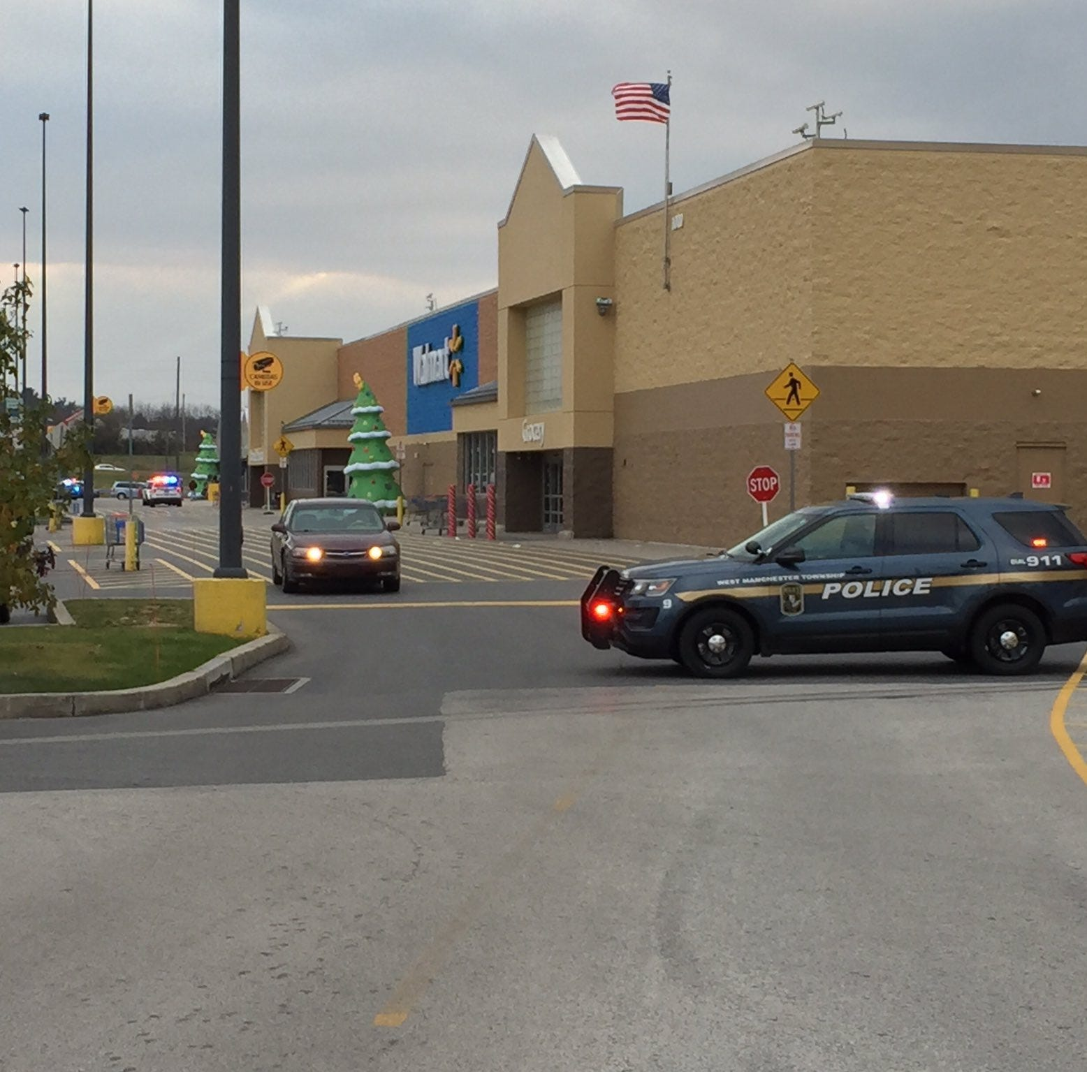 UPDATE: West Manchester Twp. Walmart reopened after bomb threat