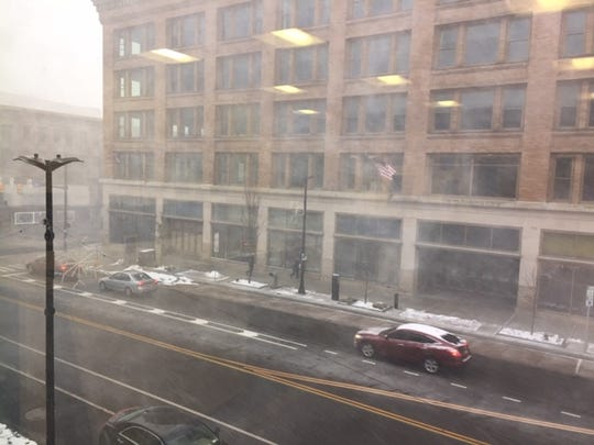 Snow squall moves through Rochester.