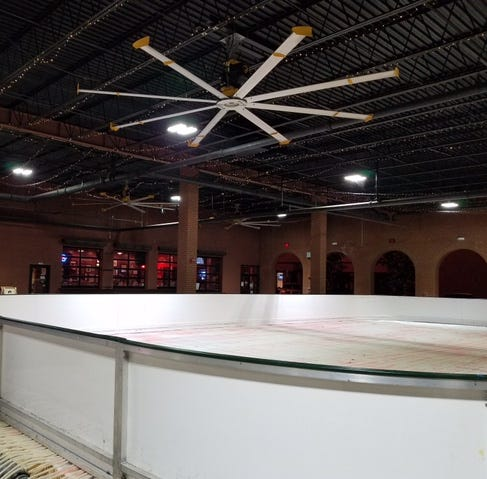 Ice skating returns to the Centre of Tallahassee mall Friday