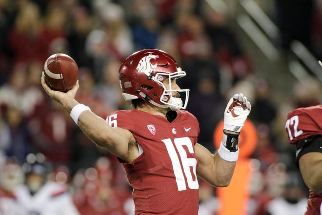 Quarterback Gardner Minshew II and Washington State face rival Washington in the annual Apple Cup on Friday.