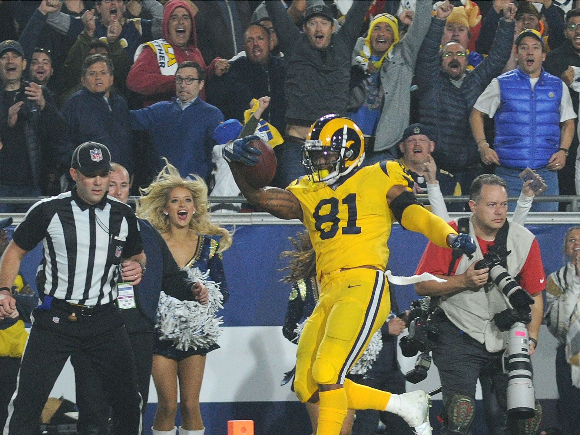 Gerald Everett scores the Rams' winning touchdown on a pass from Jared Goff with under two minutes left in the game for a historic 54-51 win over the Chiefs on Monday night.