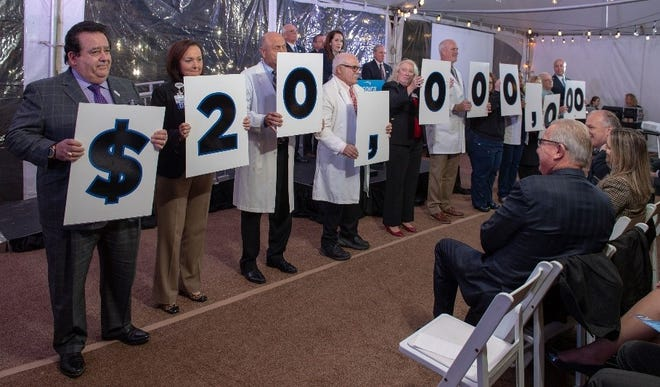 Inspira leadership, trustees, physicians, employees and campaign committee announce the $20 million goal of the Invest. Impact. Inspire. Capital Campaign.