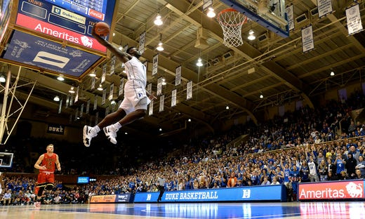 Zion Williamson #1 of the Duke Blue Devils dunks against the Eastern Michigan Eagles.