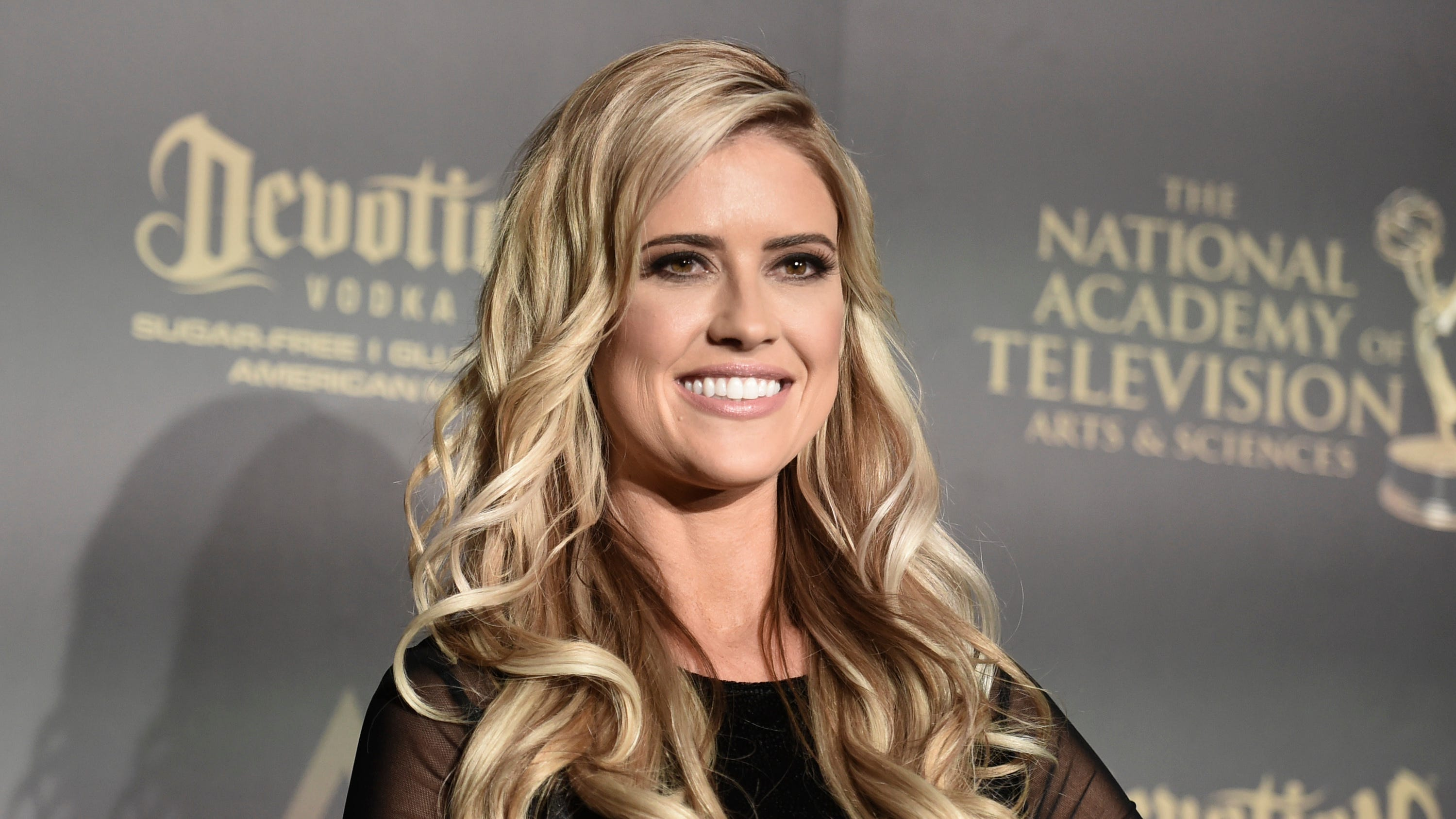 Christina El Moussa of HGTV marries Ant Anstead in a ... Christina Anstead