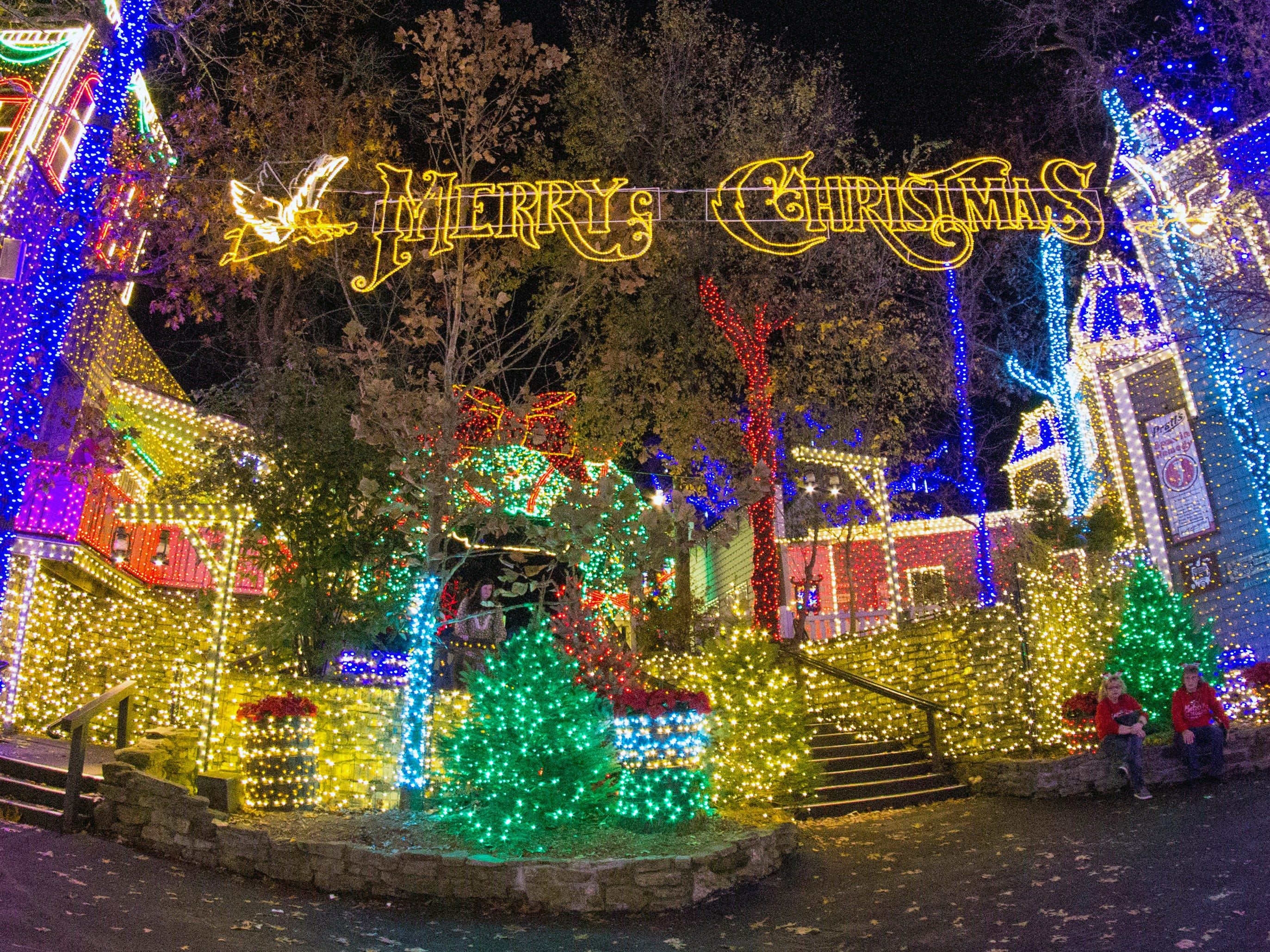 For the Christmas in Midtown Light Spectacular, now in its second year, Silver Dollar City has plastered nearly every square inch of the land with 1.5 million bulbs. It has even built faux second stories on many of Midtown's buildings to give it more surface area to bathe in light.