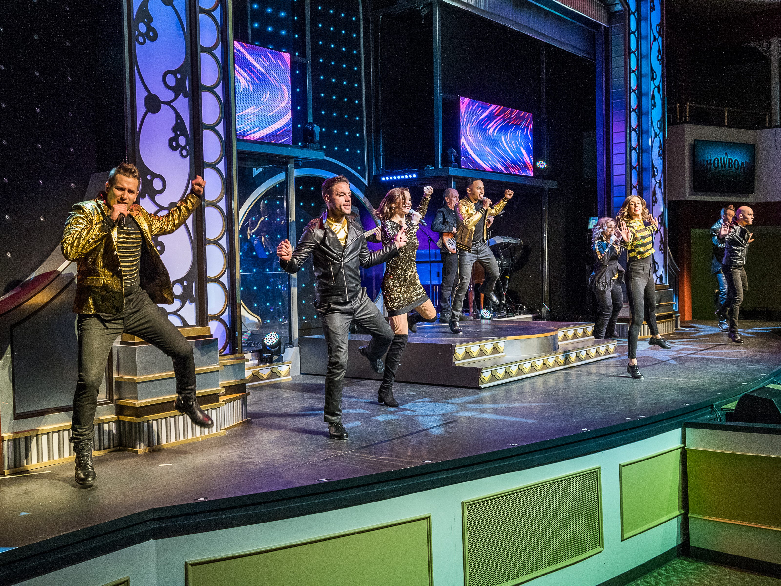 The show features an engaging and talented troupe of singers and dancers who perform everything from classic rock to classic movie tunes to, of course, Christmas classics.