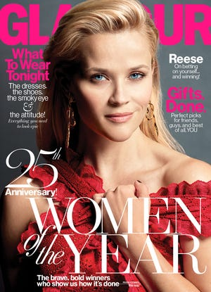 Reese Witherspoon graced the cover of the December 2015 edition of Glamour magazine.
