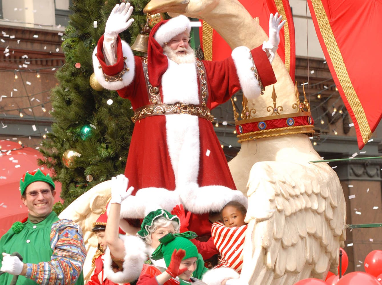 TV-THANKSGIVING -- Santa Claus rides by on a float during the 2007 Macy's Thanksgiving Parade. (Gannett News Service, Ali Paige Goldstein/NBC Universal/File)