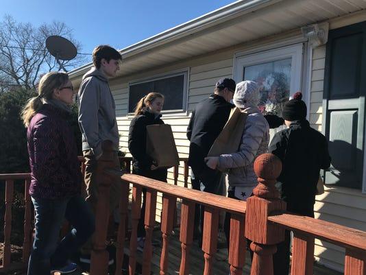 Brick church Thanksgiving deliveries