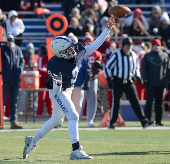 Shawnee's Matt Welsey throws the ball during the Thanksgiving Day football game against Lenape at Shawnee High School, Thursday, Nov. 22, 2018.