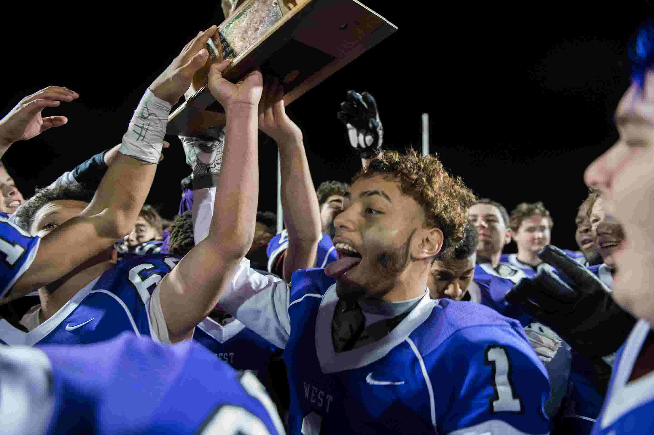 WATCH: West beats East in annual Thanksgiving match