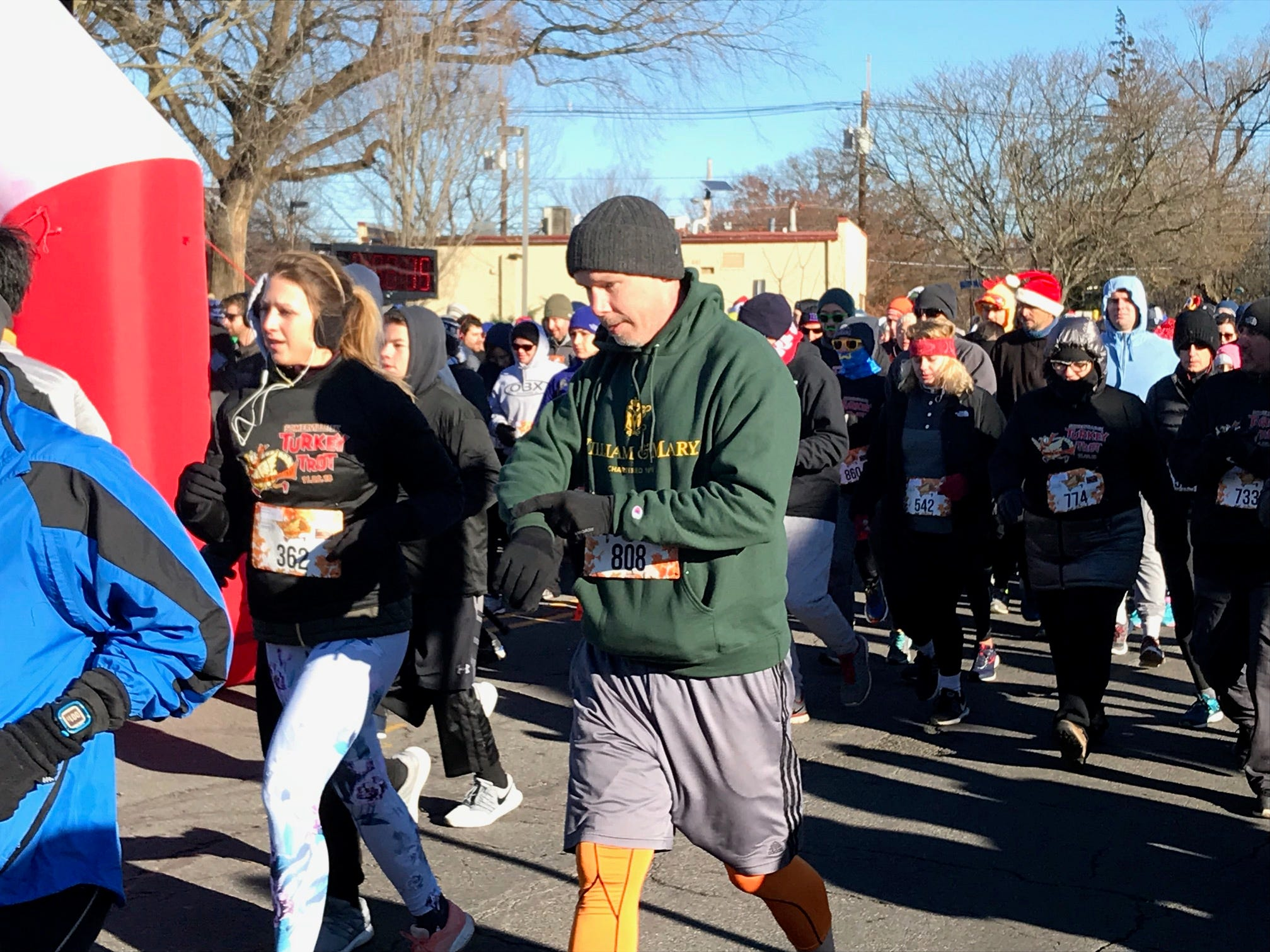 Runners in the Somerville Turkey Trot on Thanksgiving Day.