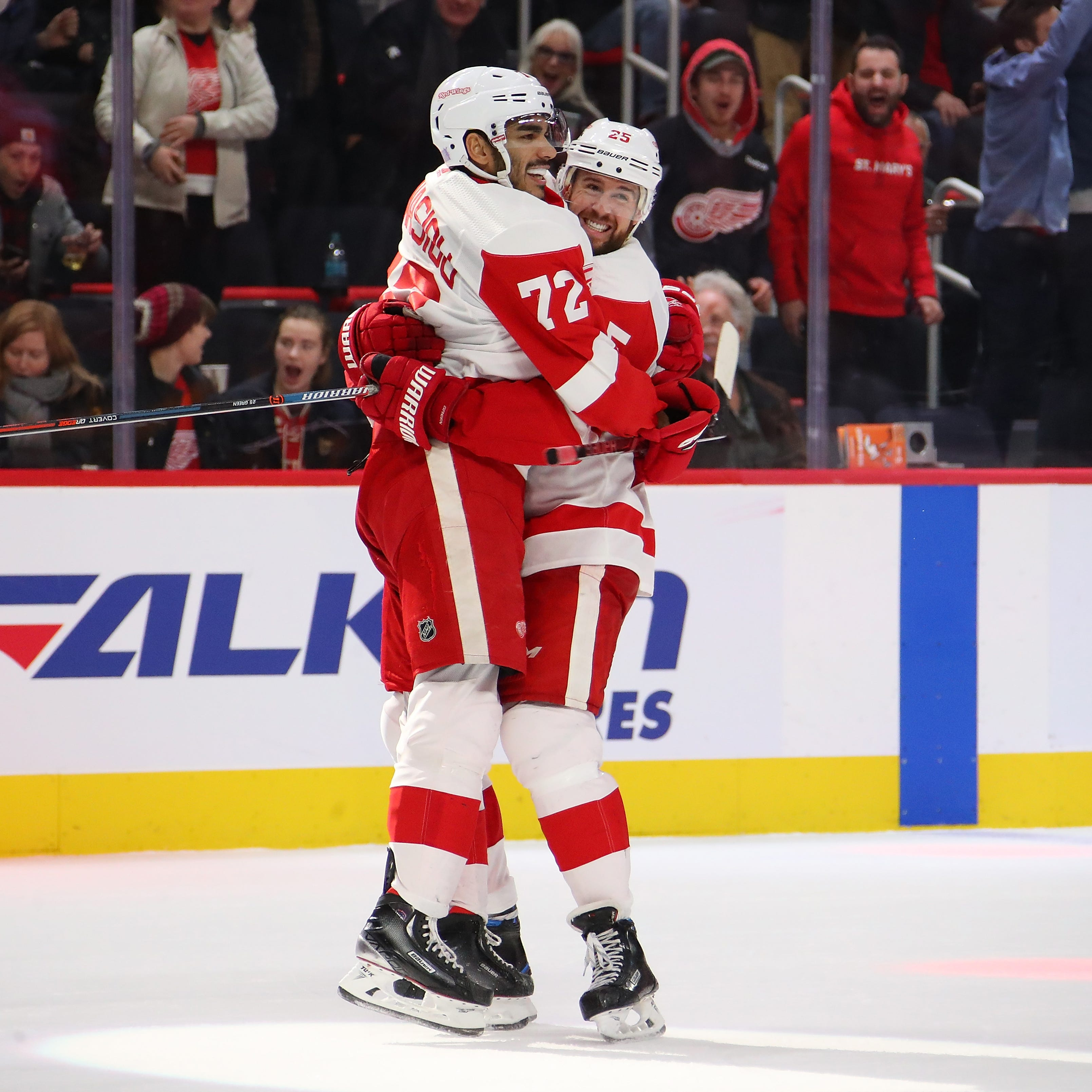 They did it again! Athanasiou gives Red Wings another overtime victory